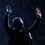 Bono i Hozier - wspólny występ na ulicy w Dublinie w wigilię Bożego Narodzenia - zaskakujące show